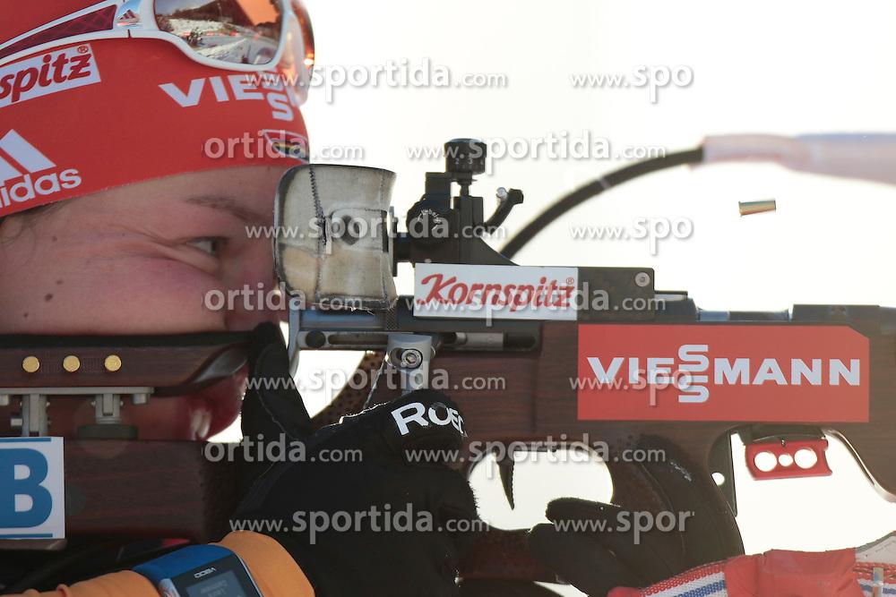 25.01.2015, Suedtirol Arena, Antholz, ITA, IBU Weltcup Biathlon, Antholz, Staffel Damen, im Bild Laura Dahlmeier (GER) // during the Womens Relay of IBU Biathlon World Cup at the Suedtirol Arena in Antholz, Italy on 2015/01/25. EXPA Pictures © 2015, PhotoCredit: EXPA/ Federico Modica