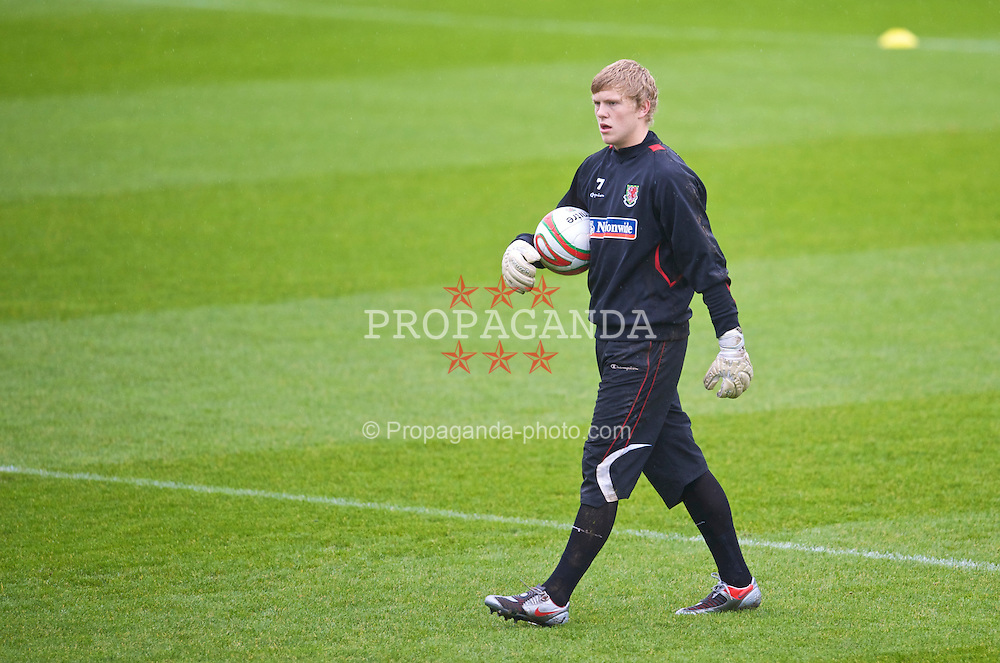 CARDIFF, WALES - Friday, November 13, 2009: Wales' goalkeeper David Cornell during training at the Vale of Glamorgan ahead of the international friendly match against Scotland. (Pic by David Rawcliffe/Propaganda)
