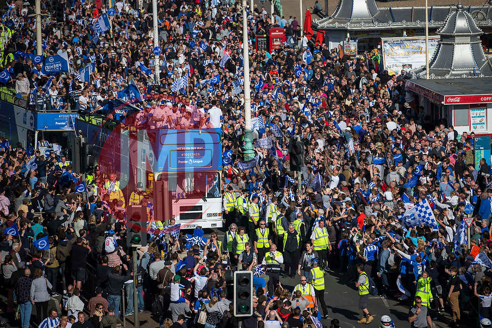 Brighton & Hove Albion open top bus parade approaches Brighton Pier - Mandatory by-line: Jason Brown/JMP - 14/05/17 - FOOTBALL - Brighton and Hove Albion, Sky Bet Championship 2017 - Brighton and Hove Albion Promotion Parade