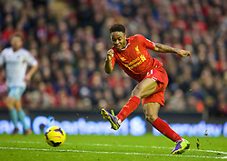 07.12.2013, Anfield Stadion, Liverpool, ENG, Premier League, FC Liverpool vs West Ham United, 15. Runde, im Bild Liverpool's Raheem Sterling, action against West Ham United // during the English Premier League 15th round match between Liverpool FC and West Ham United FC at Anfield Stadion in Liverpool, Great Britain on 2013/12/07. EXPA Pictures © 2013, PhotoCredit: EXPA/ Propagandaphoto/ David Rawcliffe<br /> <br /> *****ATTENTION - OUT of ENG, GBR*****