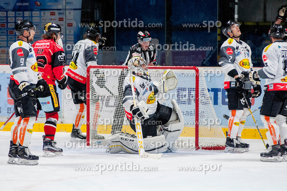22.10.2016, Ice Rink, Znojmo, CZE, EBEL, HC Orli Znojmo vs Dornbirner Eishockey Club, 13. Runde, im Bild v.l. James Arniel (Dornbirner) Radek Cip (HC Orli Znojmo) Michael Caruso (Dornbirner) Florian Hardy (Dornbirner) Olivier Magnan (Dornbirner) Nicolas Petrik (Dornbirner) // during the Erste Bank Icehockey League 13th round match between HC Orli Znojmo and Dornbirner Eishockey Club at the Ice Rink in Znojmo, Czech Republic on 2016/10/22. EXPA Pictures © 2016, PhotoCredit: EXPA/ Rostislav Pfeffer