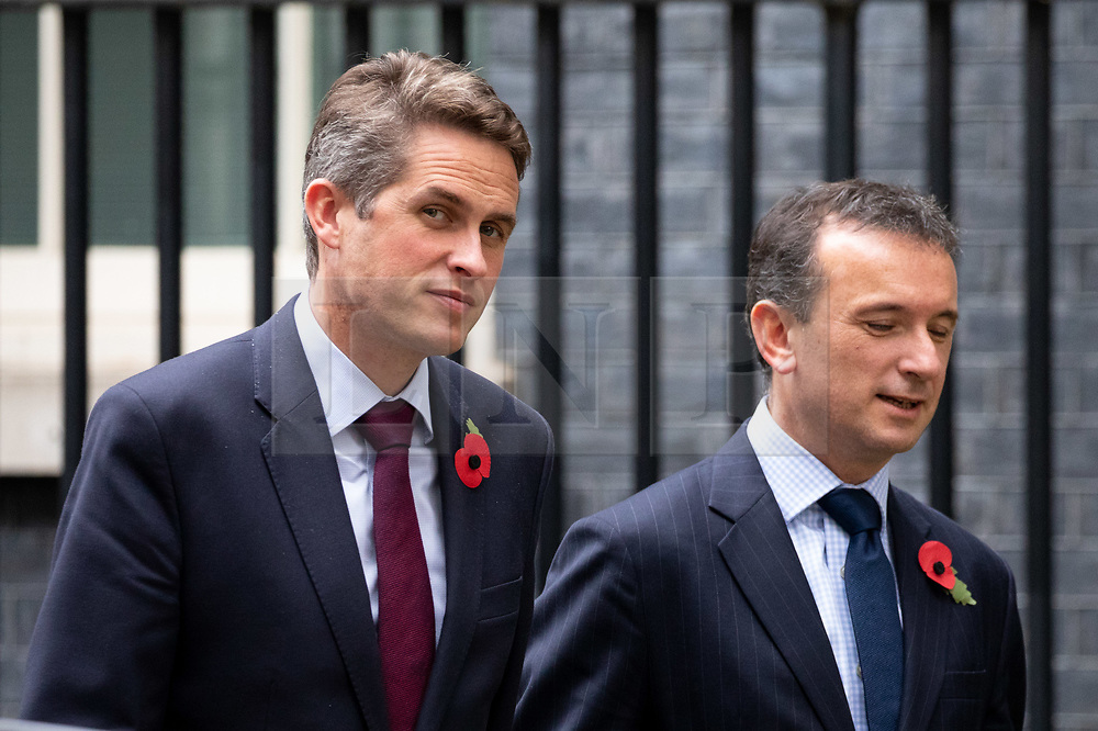 © Licensed to London News Pictures. 06/11/2018. London, UK. Defence Secretary Gavin Williamson and Secretary of State for Wales Alun Cairns leaving 10 Downing Street after attending a Cabinet meeting this morning. Photo credit : Tom Nicholson/LNP