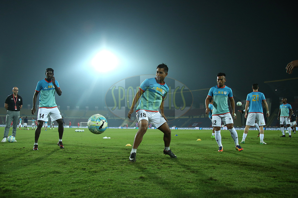 NorthEast United FC players during the practice session before the start of match 45 of the Hero Indian Super League between NorthEast United FC and ATK  held at the Indira Gandhi Athletic Stadium, Guwahati India on the 12th January 2018<br /> <br /> Photo by: Deepak Malik  / ISL / SPORTZPICS