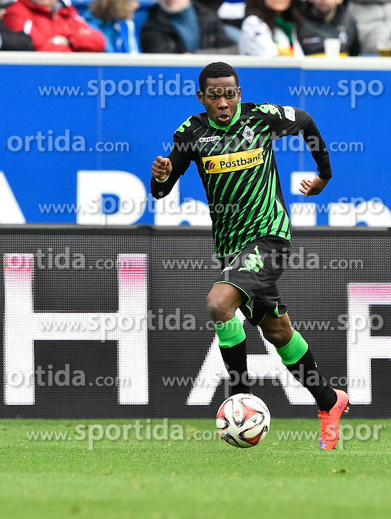 04.04.2015, Rhein Neckar Arena, Sinsheim, GER, 1. FBL, TSG 1899 Hoffenheim vs Borussia Moenchengladbach, 27. Runde, im Bild Ibrahim Traore Borussia Moenchengladbach am Ball Freisteller, Einzelbild, Aktion // during the German Bundesliga 27th round match between TSG 1899 Hoffenheim and Borussia Moenchengladbach at the Rhein Neckar Arena in Sinsheim, Germany on 2015/04/04. EXPA Pictures &copy; 2015, PhotoCredit: EXPA/ Eibner-Pressefoto/ WEBER<br /> <br /> *****ATTENTION - OUT of GER*****