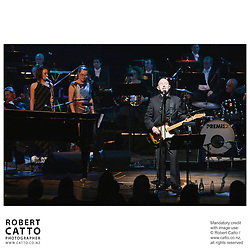 The Vector Wellington Orchestra performs with Kiwi singer / songwriter Dave Dobbyn and his band, under the baton of conductor Marc Taddei.