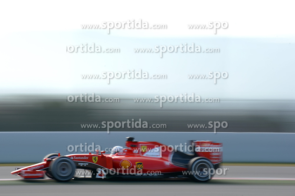 27.02.2015, Circuit de Catalunya, Barcelona, ESP, FIA, Formel 1, Testfahrten, Barcelona, Tag 2, im Bild Sebastian Vettel (GER) Ferrari SF15-T // during the Formula One Testdrives, day two at the Circuit de Catalunya in Barcelona, Spain on 2015/02/27. EXPA Pictures &copy; 2015, PhotoCredit: EXPA/ Sutton Images/ Patrik Lundin Images<br /> <br /> *****ATTENTION - for AUT, SLO, CRO, SRB, BIH, MAZ only*****