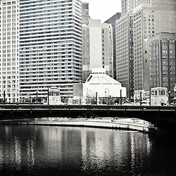 Chicago buildings and bridge along the Chicago River.