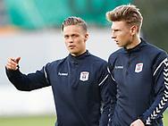 FODBOLD: AGF-spillerne André Riel og Kasper Junker under opvarmningen til kampen i ALKA Superligaen mellem FC Helsingør og AGF den 29. september 2017 på Helsingør Stadion. Foto: Claus Birch