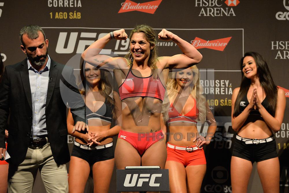 RIO DE JANEIRO, RJ, 31.07.2015 - UFC-RJ - A lutadora Bethe Correia durante a pesagem do UFC 190: Rousey vs. Correia, na HSBC Arena, na zona oeste, nesta sexta-feira (31). (Foto: João Mattos / Brazil Photo Press)