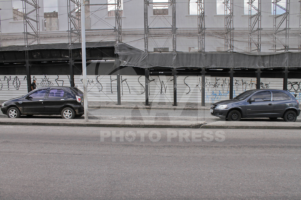 CURITIBA, PR, 18 DE FEVEREIRO DE 2011 – ROUBO DE VEÍCULOS – CURITIBA – Aumenta o número de roubo de veículos no mês de fevereiro na capital paranaense de acordo com levantamento da Delegacia de Furtos e Roubos de Veículos. O aumento está relacionado ao período de férias. Segundo a Policia, neste ano o número de veículos roubados cresceu 21% de janeiro para fevereiro em Curitiba. (FOTO: ROBERTO DZIURA JR./ NEWS FREE)