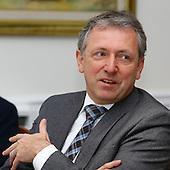 OB Dr. Peter Kurz im Gespräch