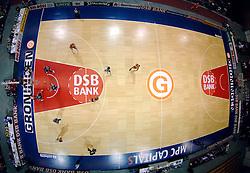 26-08-2005 BASKETBAL: NEDERLAND-BELGIE: GRONINGEN<br /> Nederland kan zich gaan opmaken voor een extra toernooi in Belgrado, waar de laatste strohalm moet worden gepakt ter handhaving in de A-groep. Dat is het gevolg van de 51-62 nederlaag / De MartiniPlaza - DSB<br /> ©2005-www.fotohoogendoorn.nl