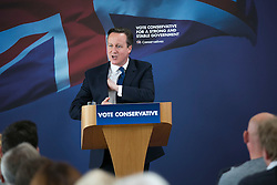 © Licensed to London News Pictures. 03/05/2015. Nuneaton, Warwickshire, UK. The Prime Minister David Cameron visited Ambleside sports club in Nuneaton, Warwickshire, earlier today. Photo credit : Dave Warren/LNP