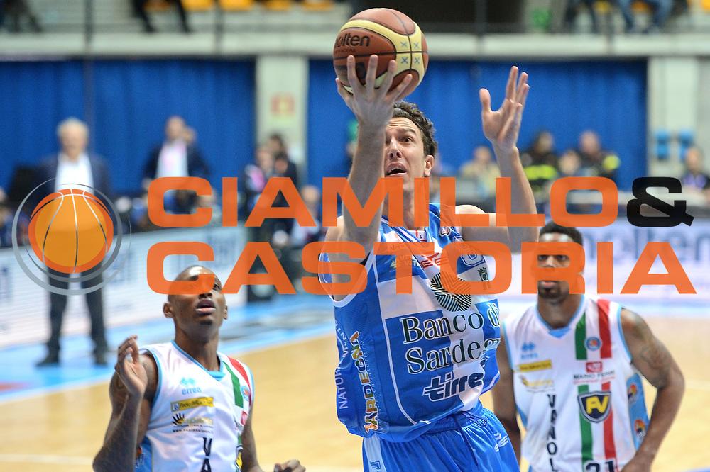 DESCRIZIONE : Final Eight Coppa Italia 2015 Desio Quarti di Finale Banco di Sardegna Sassari vs Vagoli Basket Cremona<br /> GIOCATORE : Devecchi Giacomo<br /> CATEGORIA :Tiro<br /> SQUADRA : Banco di Sardegna Sassari<br /> EVENTO : Final Eight Coppa Italia 2015 Desio <br /> GARA : Banco di Sardegna Sassari vs Vagoli Basket Cremona<br /> DATA : 20/02/2015 <br /> SPORT : Pallacanestro <br /> AUTORE : Agenzia Ciamillo-Castoria/I.Mancini
