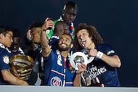 Lucas Moura / David Luiz  - 23.05.2015 - PSG / Reims - 38eme journee de Ligue 1<br />Photo : Andre Ferreira / Icon Sport