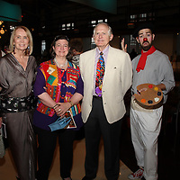Rita Carpenter, Dorothy Carpenter, Joe Clarkson, Too-Me