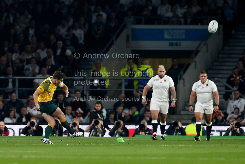 Bernard Foley of Australia scores from a penalty kick. Rugby World Cup 2015 pool A match, England v Australia at Twickenham Stadium in London, England  on Saturday 3rd October 2015.<br /> pic by  John Patrick Fletcher, Andrew Orchard sports photography.