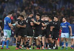 November 24, 2018 - Rome, Italy - Italy v New Zealand All Blacks - Rugby Cattolica Test Match.New Zealand celebration at Olimpico Stadium in Rome, Italy on November 24, 2018. (Credit Image: © Matteo Ciambelli/NurPhoto via ZUMA Press)