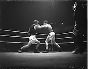 31/10/1952.10/31/1952.31 October 1952.Boxing Germany v Ireland at the National Stadium..H. Perry v B. Manfred.