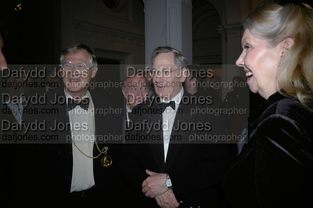 President of the Royal Academy Sir Nicholas Grimshaw, The Duke of Gloucester and Lady Borg Scott. The Royal Academy Schools dinner and auction. Royal Academy. London. 27 March 2007.  -DO NOT ARCHIVE-© Copyright Photograph by Dafydd Jones. 248 Clapham Rd. London SW9 0PZ. Tel 0207 820 0771. www.dafjones.com.
