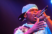 """De beroemde Amerikaanse rapper 50 Cent gaf zaterdag 30 juni voor een exclusieve show naar de Amsterdamse Melkweg!  In juni komt het nieuwe album 'Curtis' van 50 Cent op de Nederlandse markt.//  De famous rapper 50 cent gave a exclusive concert in the Melweg, Amsterdam - the Netherlands. This because of his release of his new album """"Curtis""""."""