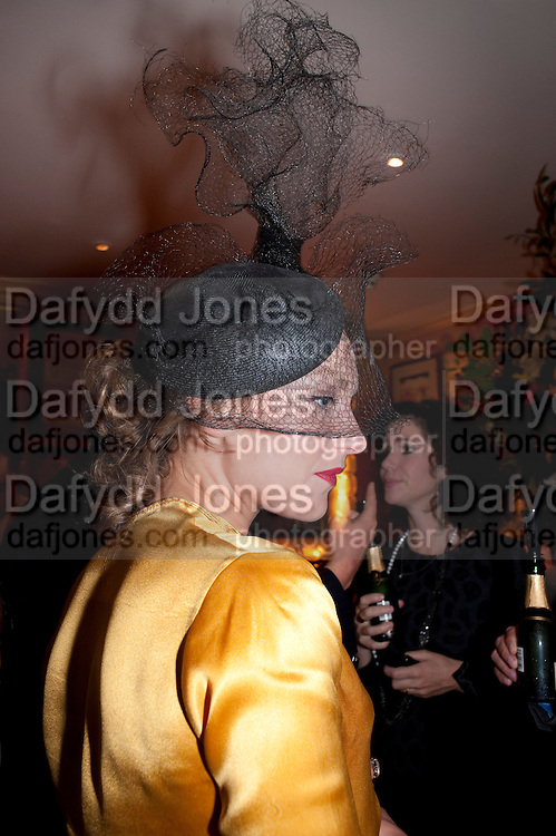 MARTHA SITWELL, PARTY FOR BLOW BY BLOW BY DETMAR BLOW AND TOM SYKES. ANNABEL'S. BERKELEY SQ. LONDON. 21 SEPTEMBER 2010. -DO NOT ARCHIVE-© Copyright Photograph by Dafydd Jones. 248 Clapham Rd. London SW9 0PZ. Tel 0207 820 0771. www.dafjones.com.
