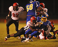 Oxford High's Jarquis Adams (7) runs vs. Center Hill in Oxford, Miss. on Friday, September 23, 2011.