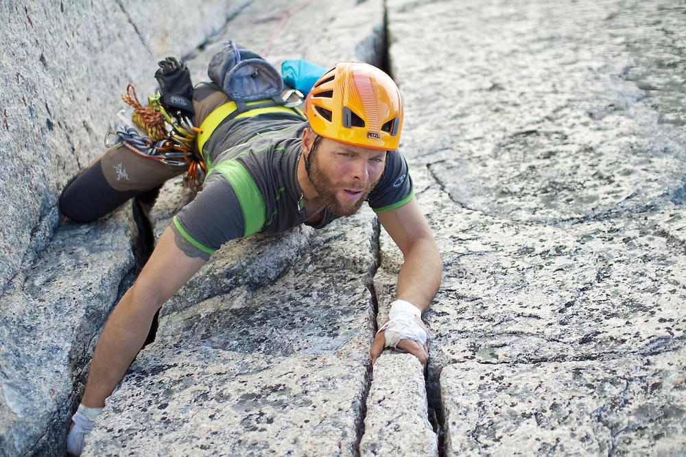 Brent Peters Alpine Rock Climbing McTech Arete 5.10a Bugaboo Provincial Park
