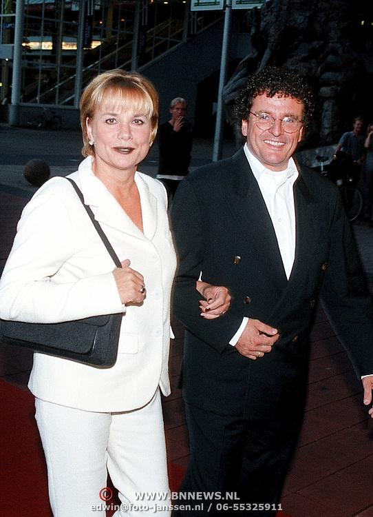 Opening Utrechts Filmfestival 1999 Unter dem Palmen, Monique van Ven en Edwin de Vries
