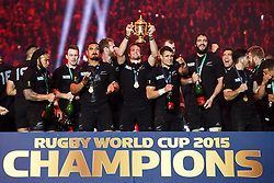 Flanker Richie McCaw (capt) lifts the Webb Ellis Cup with his team who celebrate after New Zealand win the match 34-17 to become 2015 World Cup Champions - Mandatory byline: Rogan Thomson/JMP - 07966 386802 - 31/10/2015 - RUGBY UNION - Twickenham Stadium - London, England - New Zealand v Australia - Rugby World Cup 2015 FINAL.