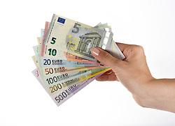 Themenbild - Euro Noten Faecher aufgenommen am 03. Juli 2015, Deutschland //  Euro Notes, Germany on 2015/07/03. EXPA Pictures © 2015, PhotoCredit: EXPA/ Eibner-Pressefoto/ Weber<br /> <br /> *****ATTENTION - OUT of GER*****