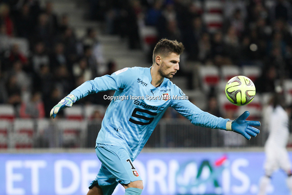 Benoit COSTIL - 03.12.2014 - Nice / Rennes - 16eme journee de Ligue 1 -<br /> Photo : Jean Christophe Magnenet / Icon Sport