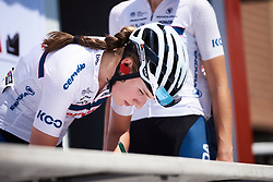 Clara Koppenburg (GER) signs on at Emakumeen Bira 2018 - Stage 4, a 120 km road race starting and finishing in Durango, Spain on May 22, 2018. Photo by Sean Robinson/Velofocus.com