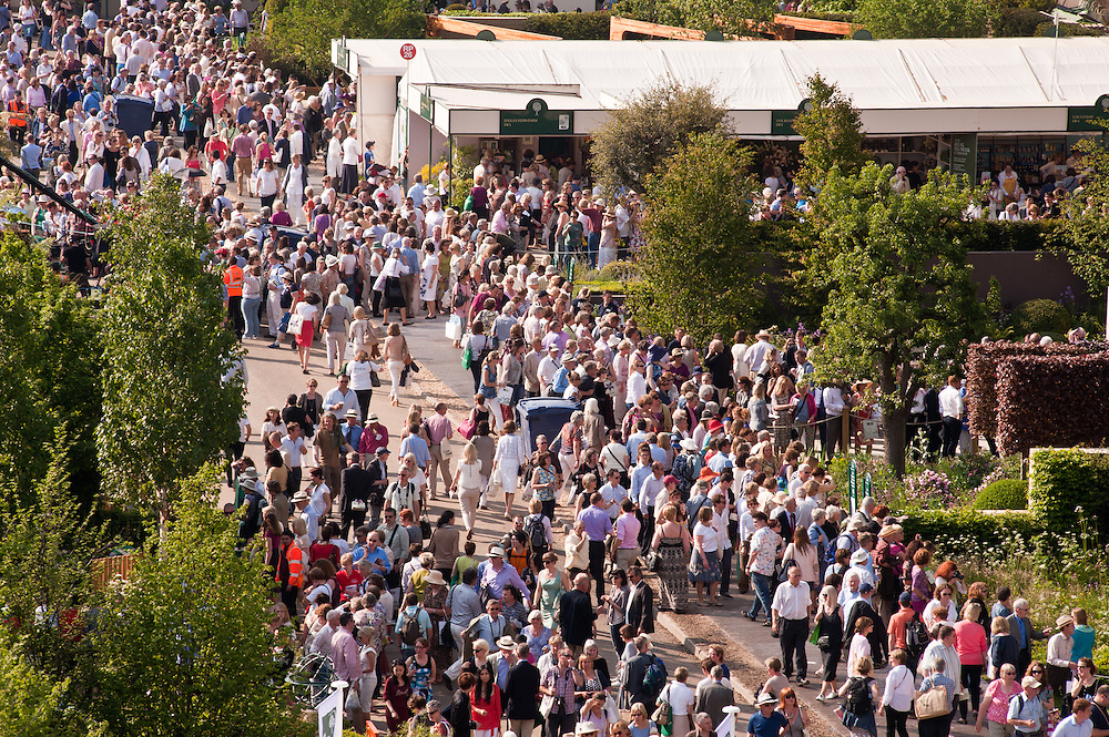 LONDON, UK - 22 May 2012: crowd of visitors at the RHS Chelsea Flower Show 2012.