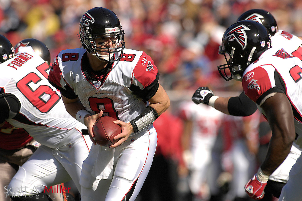 Dec. 23, 2007; Tampa, FL, USA; Atlanta Falcons quarterback Chris Redman (8) during the Falcons game against the Tampa Bay Buccaneers at Raymond James Stadium....©2007 Scott A. Miller