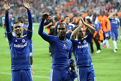 19.05.2012, Allianz Arena, Muenchen, GER, UEFA CL, Finale, FC Bayern Muenchen (GER) vs FC Chelsea (ENG), im Bild Esultanza Jose Bosingwa Daniel Sturridge Juan Mata Chelsea, Celebration // during the Final Match of the UEFA Championsleague between FC Bayern Munich (GER) vs Chelsea FC (ENG) at the Allianz Arena, Munich, Germany on 2012/05/19. EXPA Pictures © 2012, PhotoCredit: EXPA/ Insidefoto/ Paolo Nucci..***** ATTENTION - for AUT, SLO, CRO, SRB, SUI and SWE only *****