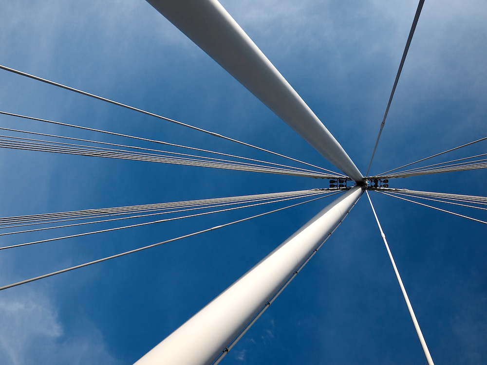 London - Golden Jubilee Bridge