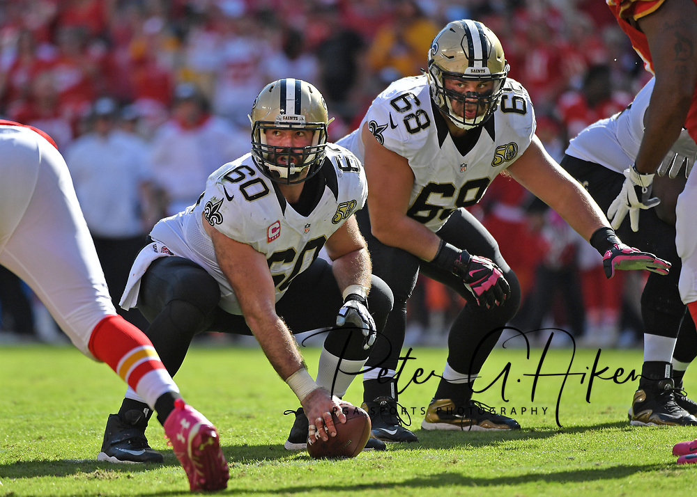 KANSAS CITY, MO - OCTOBER 23:  Center Max Unger #60 and guard Tim Lelito #68 of the New Orleans Saints get set on the ling against of the Kansas City Chiefs during the second half on October 23, 2016 at Arrowhead Stadium in Kansas City, Missouri.  (Photo by Peter G. Aiken/Getty Images) *** Local Caption *** Max Unger;Tim Lelito