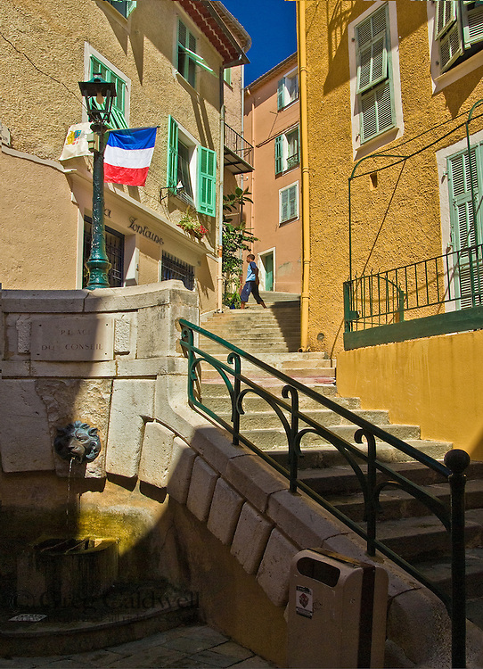 Rue Obscure is a short tunnel that was once a street in beautiful Villefranche Sur Mer.  Both the waterfront town and it's obscure street can transport the pedestrian  visitor to another time. Villefranche is a portal for your imagination and if it needs a kick start then start with Rue Obscure just up from Hotel Welcome.