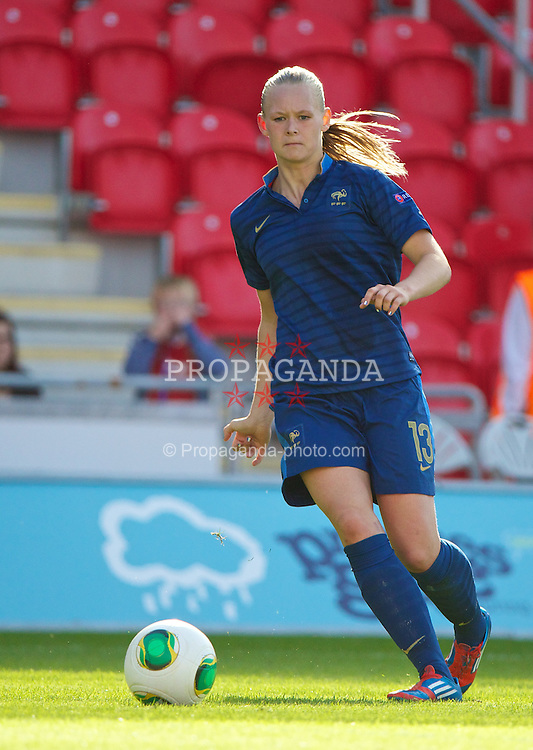 LLANELLI, WALES - Saturday, August 31, 2013: France's Charlotte Saint Sans Levacher in action against England during the Final of the UEFA Women's Under-19 Championship Wales 2013 tournament at Parc y Scarlets. (Pic by David Rawcliffe/Propaganda)