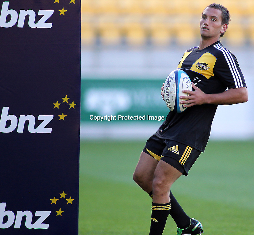 Hurricanes, Aaron Cruden warms up for the match . Super 15 - Hurricanes v Highlanders, Westpac stadium, Wellington, 18 February 2011. PHOTO: Grant Down / photosport.co.nz