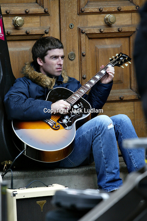 Oasis Heathen Chemistry Video shoot TUE 9 JULY 2002 CITY OF LONDON Moorgate https://www.youtube.com/watch?feature=player_embedded&v=m5Sin7CN8fk High Quality Prints please enquire via contact Page. Rights Managed Downloads available for Press and Media