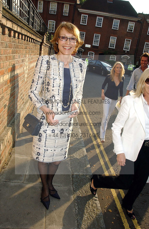 Left, LADY VICTORIA GETTY at Sir David & Lady Carina Frost's annual summer party held in Carlyle Square, Chelsea, London on 5th July 2006.<br /><br />NON EXCLUSIVE - WORLD RIGHTS