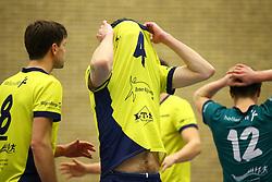 20160130 NED: Volleybal: Inter Rijswijk - Prins VCV, Rijswijk <br />Sander Groos (4) Inter Rijswijk baalt zichtbaar.