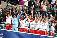 Stevenage Borough team lift the FA Trophy<br /> Stevenage Borough vs York City <br /> Carlsberg FA Trophy Final at Wembley Stadium 2/05/2009<br /> Credit Colorsport / Shaun Boggust