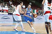 DESCRIZIONE : Riga Latvia Lettonia Eurobasket Women 2009 Quarter Final Spagna Italia Spain Italy<br /> GIOCATORE : Laura Macchi<br /> SQUADRA : Italia Italy<br /> EVENTO : Eurobasket Women 2009 Campionati Europei Donne 2009 <br /> GARA : Spagna Italia Spain Italy<br /> DATA : 17/06/2009 <br /> CATEGORIA : palleggio<br /> SPORT : Pallacanestro <br /> AUTORE : Agenzia Ciamillo-Castoria/E.Castoria<br /> Galleria : Eurobasket Women 2009 <br /> Fotonotizia : Riga Latvia Lettonia Eurobasket Women 2009 Quarter Final Spagna Italia Spain Italy<br /> Predefinita :