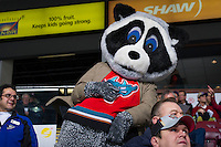 KELOWNA, CANADA - DECEMBER 27:   Kamloops Blazers at the Kelowna Rockets on December 27, 2012 at Prospera Place in Kelowna, British Columbia, Canada (Photo by Marissa Baecker/Shoot the Breeze) *** Local Caption ***