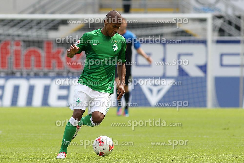 Football: Germany, 1. Bundesliga, SV Werder Bremen.Theodor Gebre Selassie.© pixathlon
