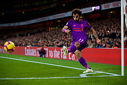 LONDON, ENGLAND - Saturday, November 3, 2018: Liverpool's Mohamed Salah takes a throw-in during the FA Premier League match between Arsenal FC and Liverpool FC at Emirates Stadium. (Pic by David Rawcliffe/Propaganda)