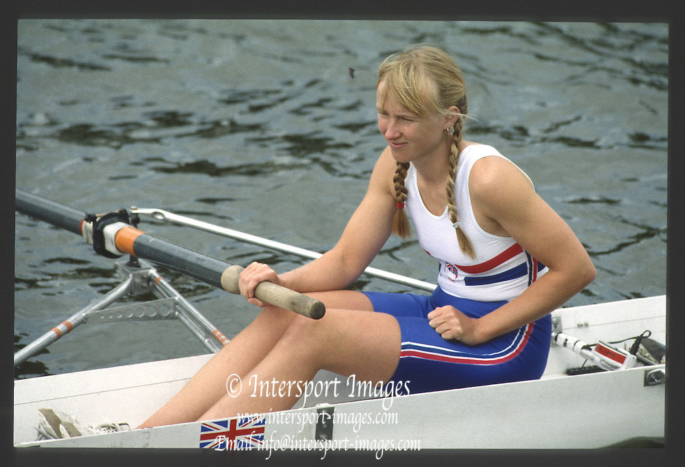 Henley, England,  GBR left, Alison BROWNLOW  1990 Women's Henley Regatta, Henley Reach, River Thames Oxfordshire <br /> <br /> <br /> [Mandatory Credit; Peter Spurrier/Intersport-images] 1990 Henley Women's Regatta, Henley,